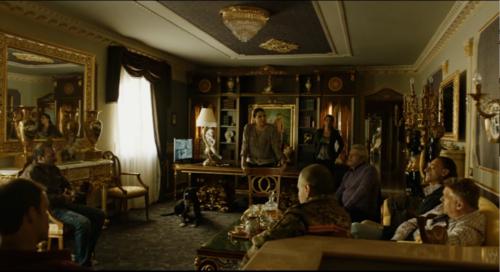 7. Interieur Casa Savastano (Folge 7)